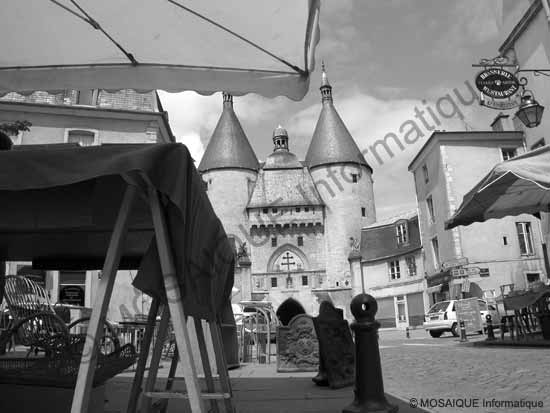 La ville vieille à Nancy, à midi, en mai. Les ombres sont verticales - Cours photo numérique