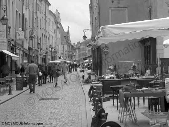 Photo numérique - Une scène de rue…